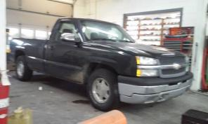 2004 chevolet silverado 2door 2wd great truck daily driver sell asap