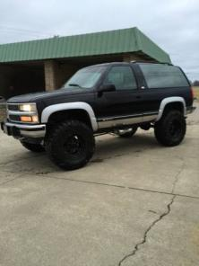 1995 CHEVY FULL-SIZE BLAZER LIFTED!! CLEAN!!
